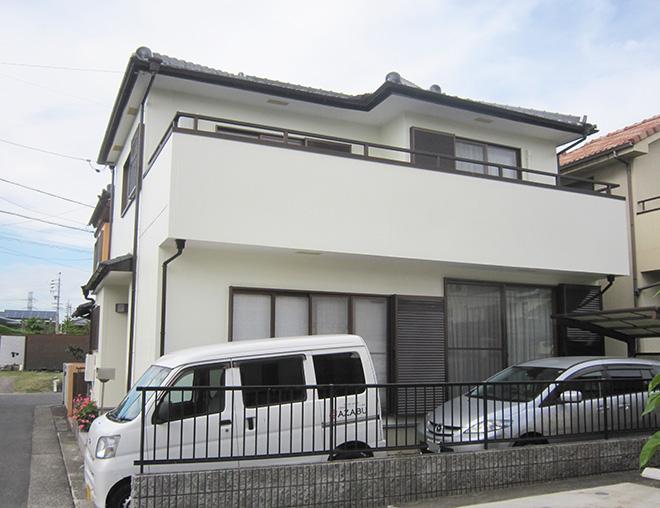 春日井市M様、ラジカルコートパーフェクトトップ外壁塗替え、施工後外観写真