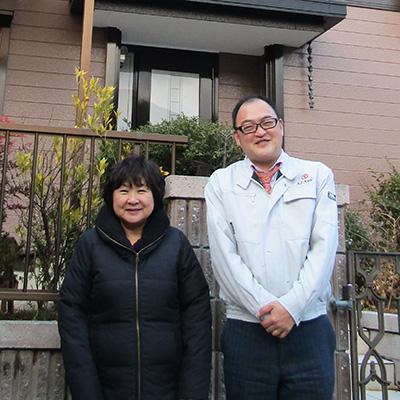 愛知県小牧市K様_外壁屋根塗替工事_お客様の声_記念写真_eyecatch