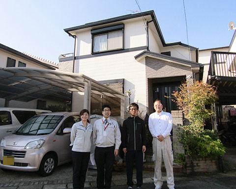 愛知県春日井市S様_外壁屋根塗替工事_お客様の声_記念撮影
