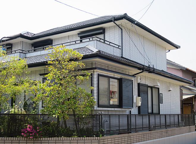 三重県四日市市M様_外壁(再現工法)屋根塗装工事_施工後全景写真