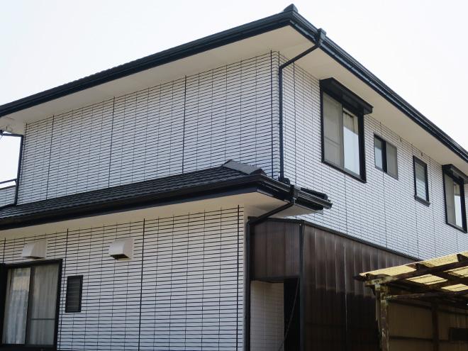 三重県四日市市M様_外壁(再現工法)屋根塗装工事_施工後全景写真2