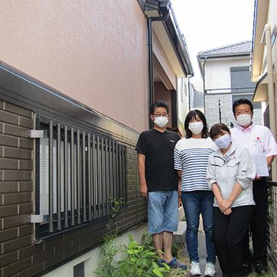 愛知県名古屋市G様_外壁塗装工事_お客様の声_記念撮影_株式会社麻布