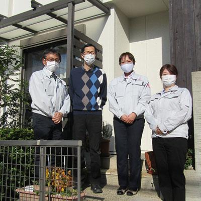 愛知県名古屋市O様_外壁塗装工事_お客様の声_記念撮影